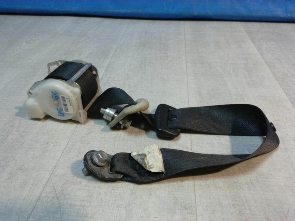 Ремень безопасности Nissan Tiida C11 2007 задний (б/у)