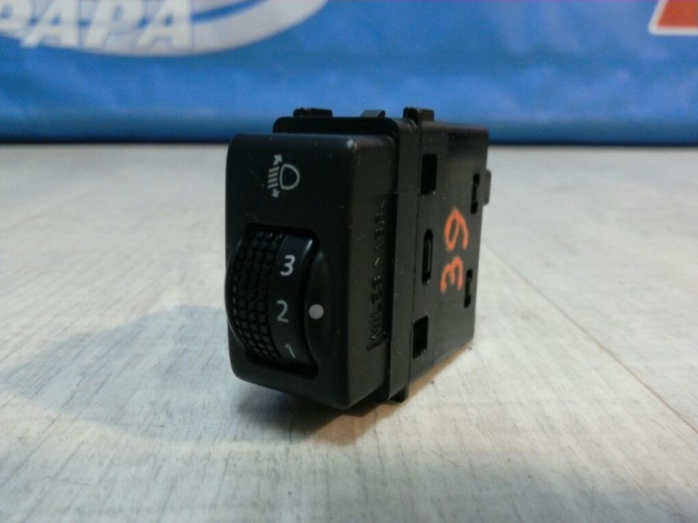 Кнопка корректора фар Nissan Tiida C11 2007 (б/у)