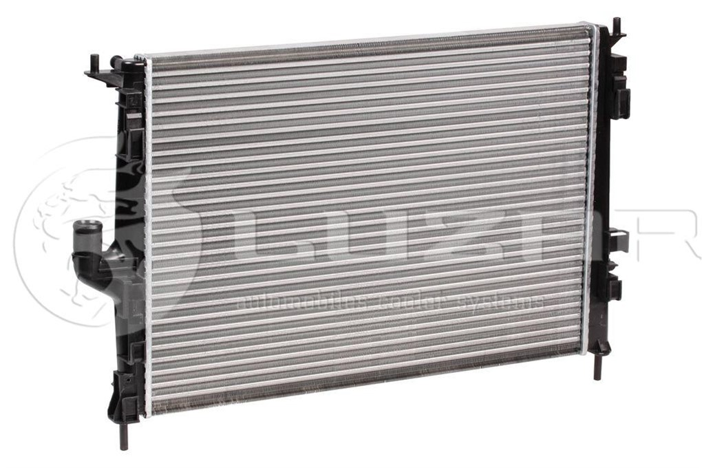 Радиатор охлаждения Renault Duster HSA 2012
