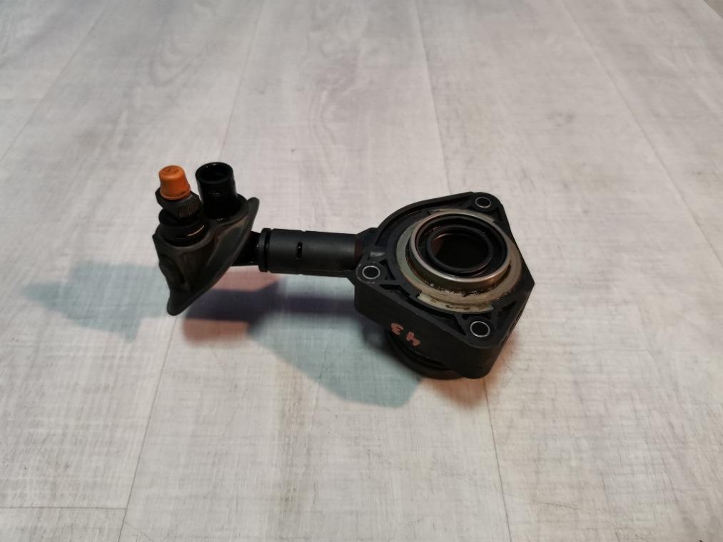 Подшипник выжимной Ford Focus 3 CB8 2011 (б/у)