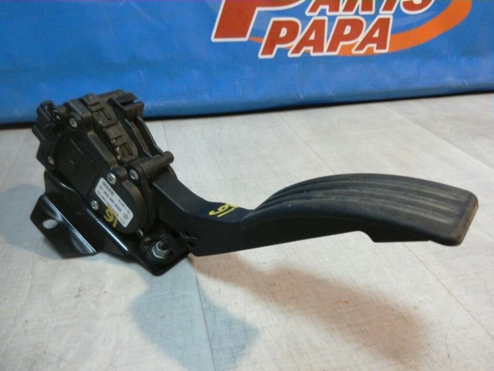 Педаль газа Renault Duster HSA 2012 (б/у)