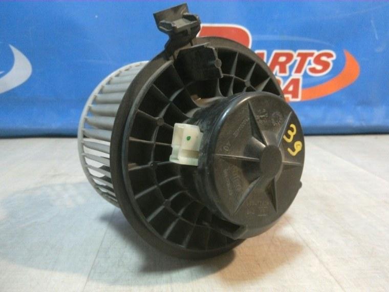 Моторчик печки (отопителя) Nissan Tiida C11 2007 (б/у)