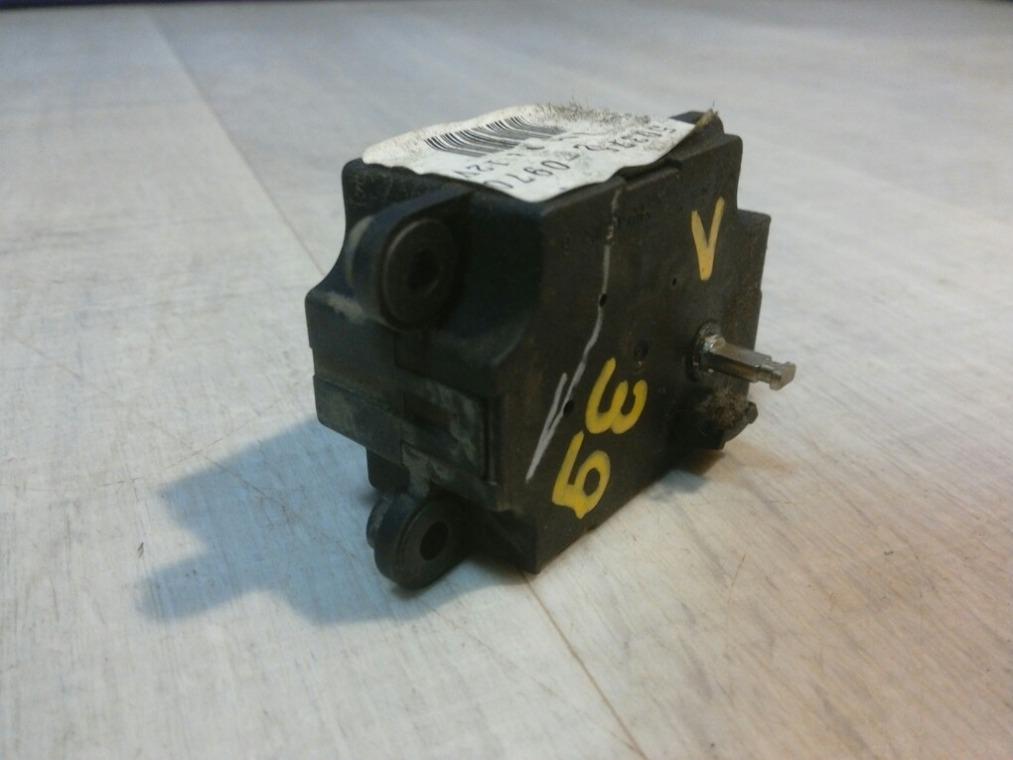 Моторчик заслонки отопителя Nissan Tiida C11 2007 (б/у)
