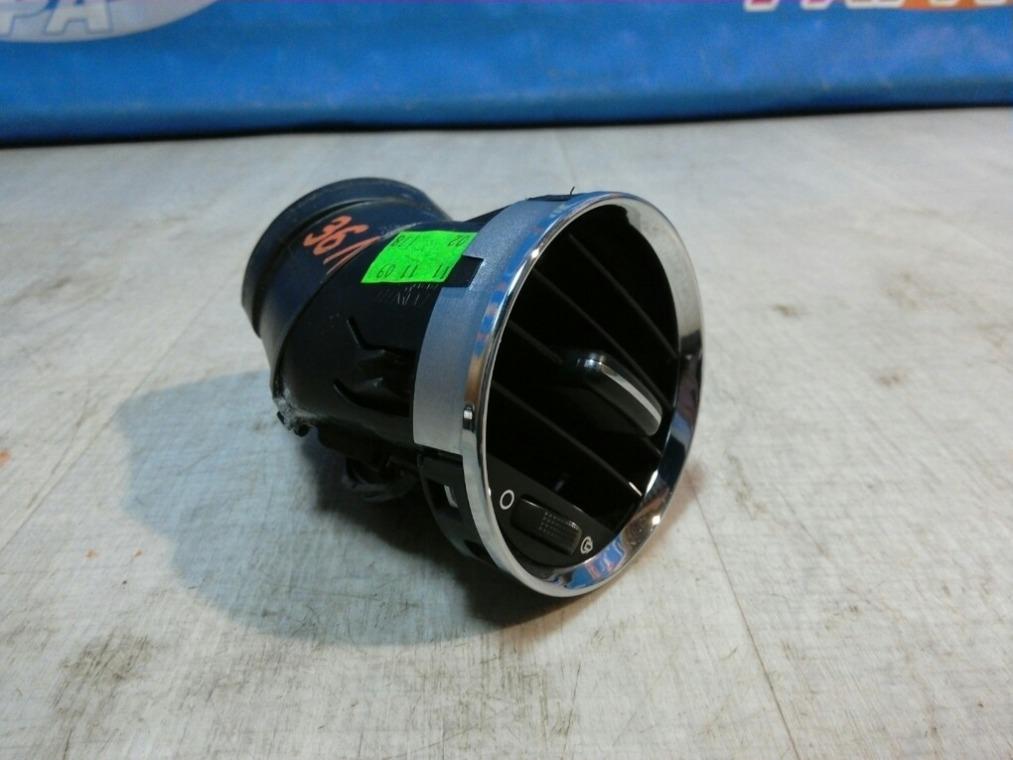 Дефлектор воздушный Peugeot 308 4A/C 2007 левый (б/у)