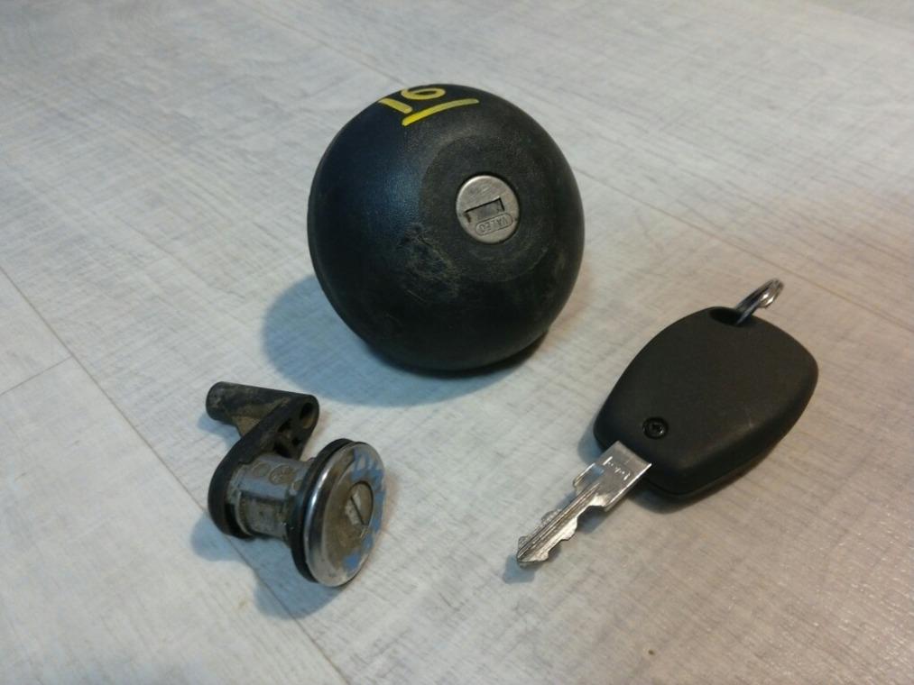 Ключ зажигания Renault Duster HSA 2012 (б/у)
