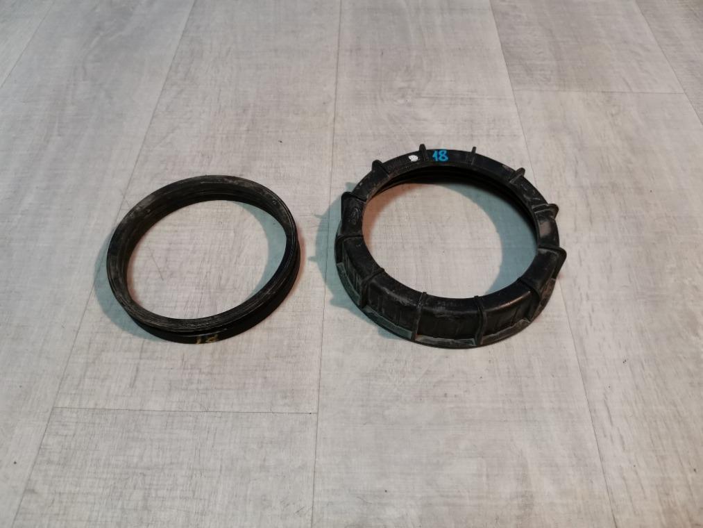 Гайка (кольцо) топливного насоса Ford Fusion CBK 2002 (б/у)