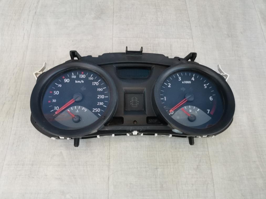 Панель приборов Renault Megane 2 LM2Y 2003 (б/у)
