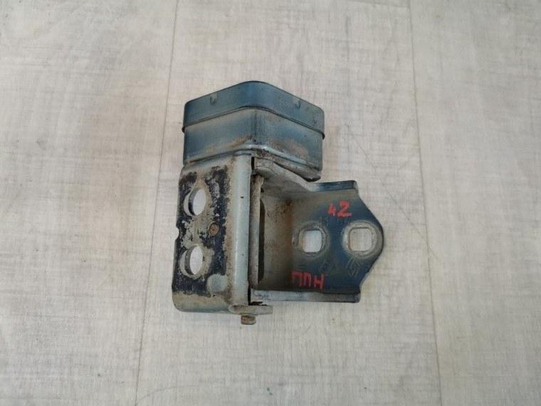 Петля двери Renault Megane 2 LM2Y 2003 передняя правая нижняя (б/у)