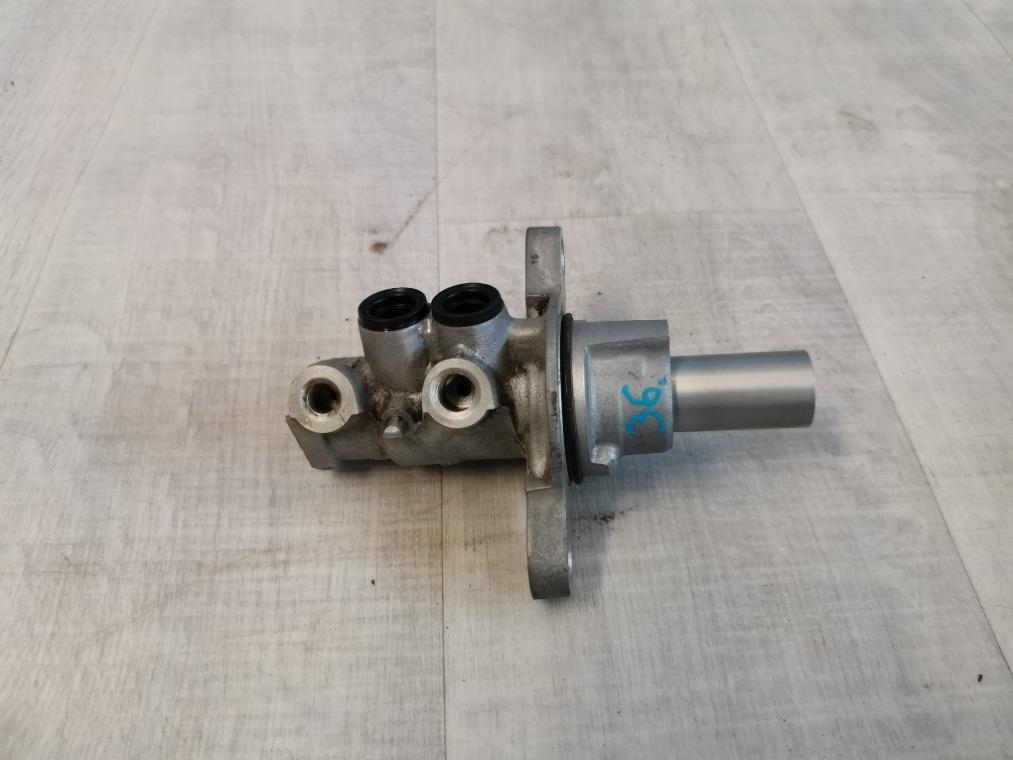 Цилиндр тормозной Peugeot 308 4A/C 2007 (б/у)