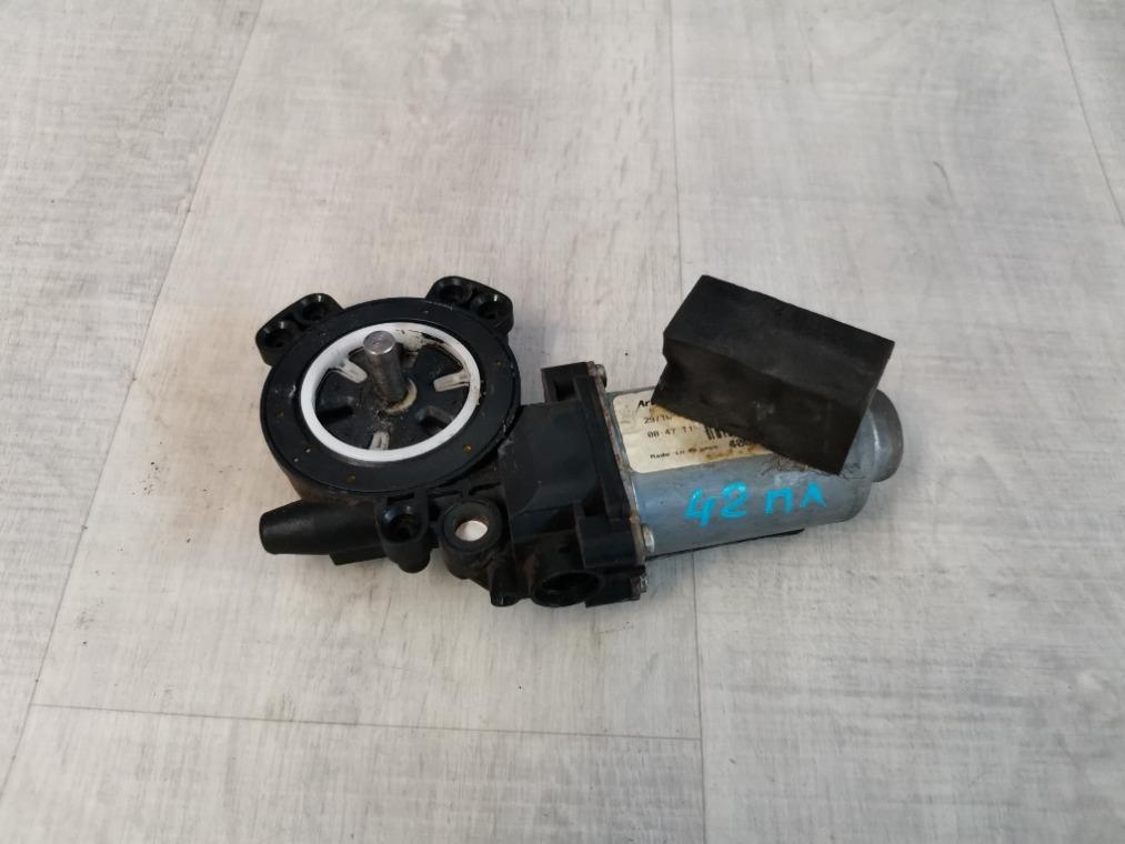 Моторчик стеклоподъемника Renault Megane 2 LM2Y 2003 передний левый (б/у)