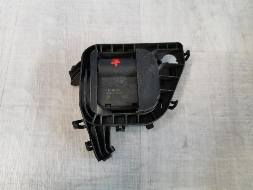 Моторчик заслонки отопителя Skoda Fabia 5J2 2007 (б/у)