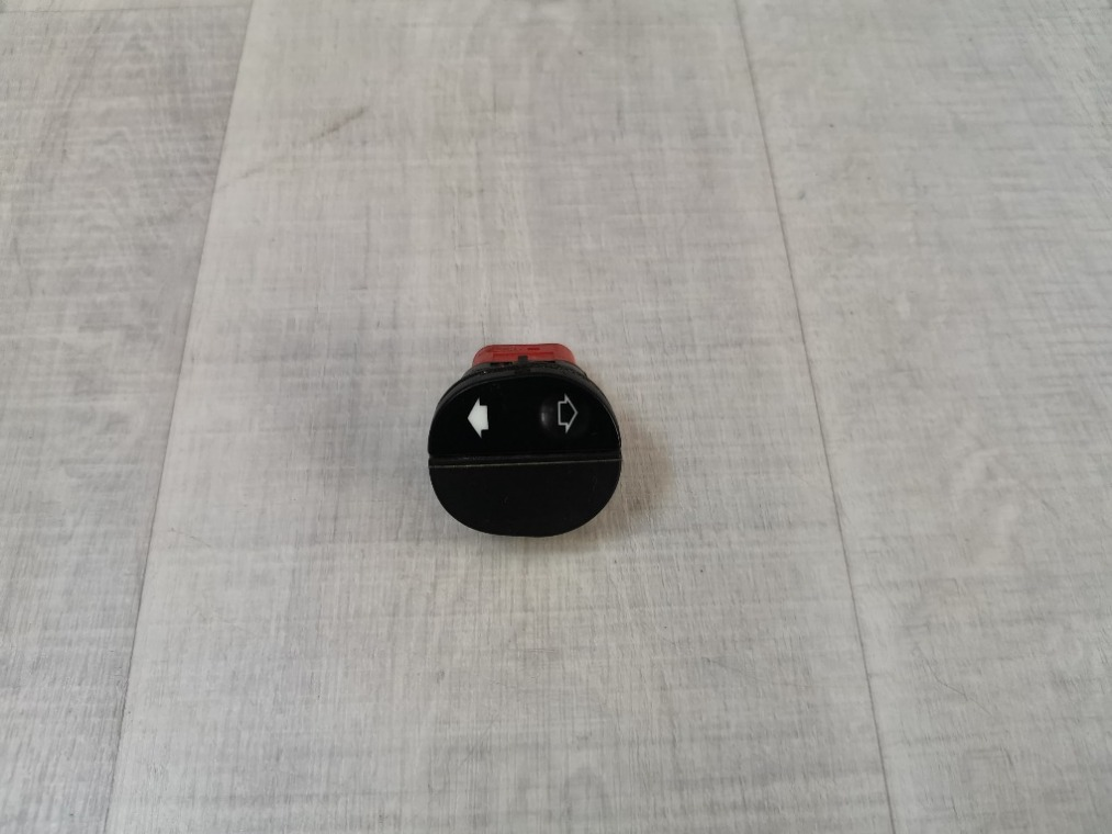Кнопка стеклоподъемника Ford Fusion CBK 2002 передняя правая (б/у)