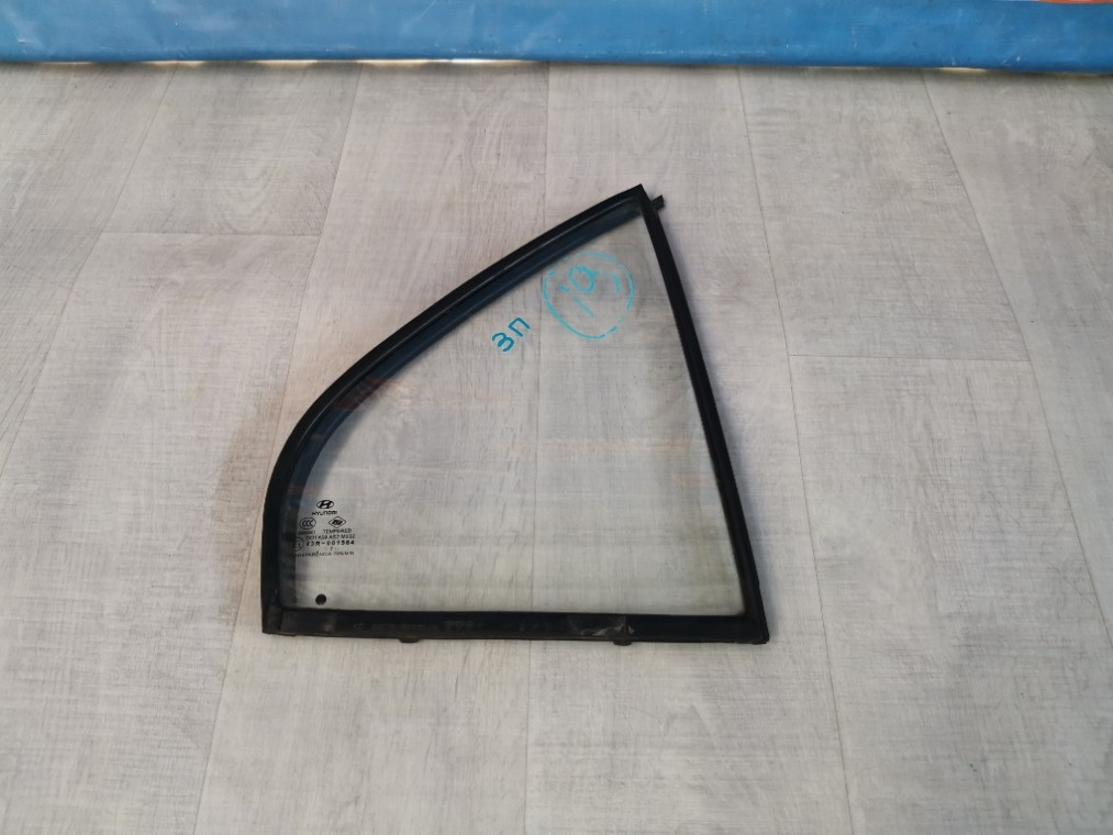 Стекло кузовное форточка Hyundai Accent LC 2000 заднее правое (б/у)
