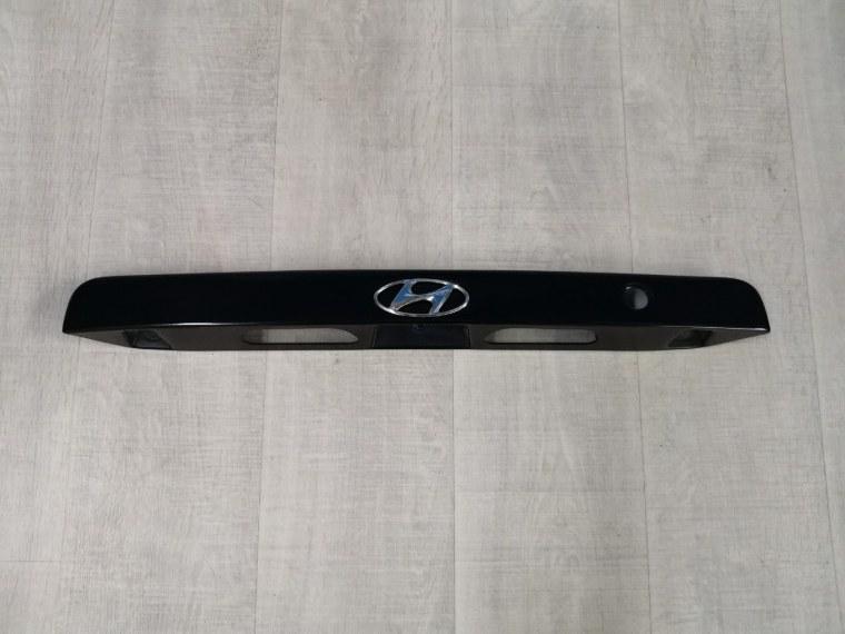 Накладка крышки багажника Hyundai Accent LC 2000 (б/у)
