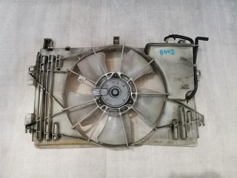 Вентилятор радиатора Toyota Avensis ZZT251L 2006 (б/у)