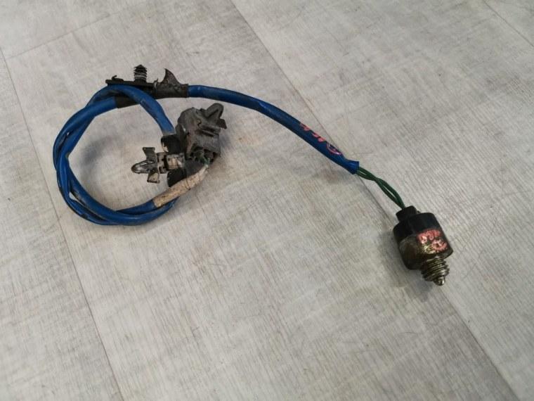 Датчик включения заднего хода Mazda 3 BK 2006 (б/у)