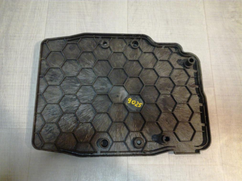 Крышка блока управления двигателем (эбу) Ford Kuga 2 CBS 2012 (б/у)