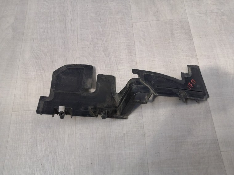 Дефлектор радиатора Volkswagen Polo 614 2010 (б/у)