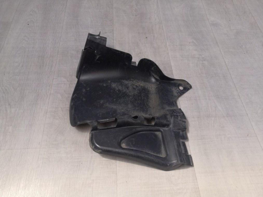 Пыльник двигателя Renault Sandero BS11 2009 (б/у)