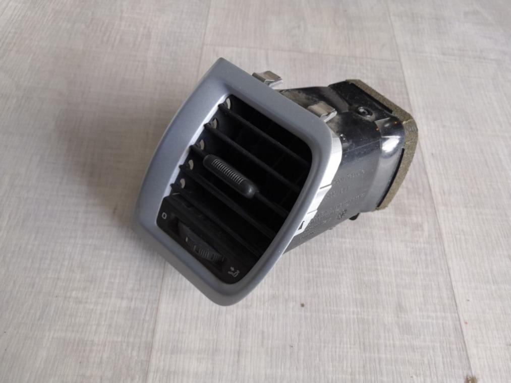 Дефлектор воздушный Skoda Fabia 5J2 2007 (б/у)