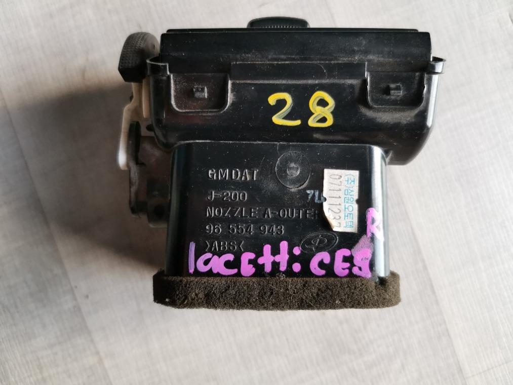 Дефлектор воздушный Chevrolet Lacetti J200 2003 правый (б/у)