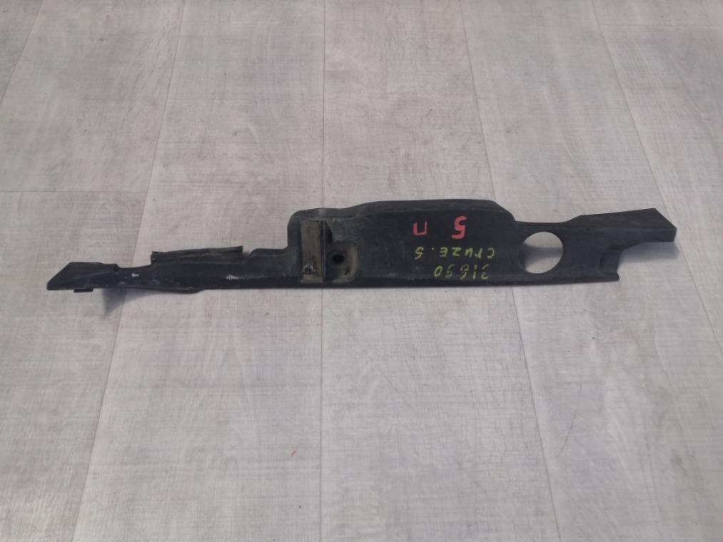 Накладка крыла Chevrolet Cruze J300 2009 правая (б/у)