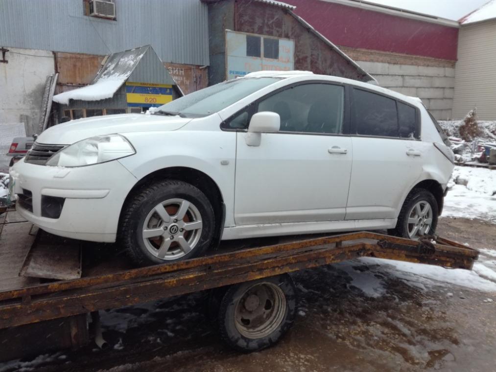 Автомобиль Nissan Tiida C11 2007-2014 года в разбор
