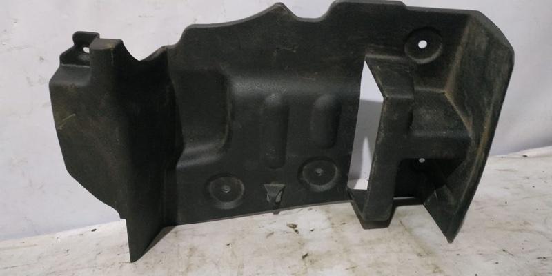 Обшивка багажника боковая Renault Symbol 1 LB K7J 2004 задняя правая (б/у)