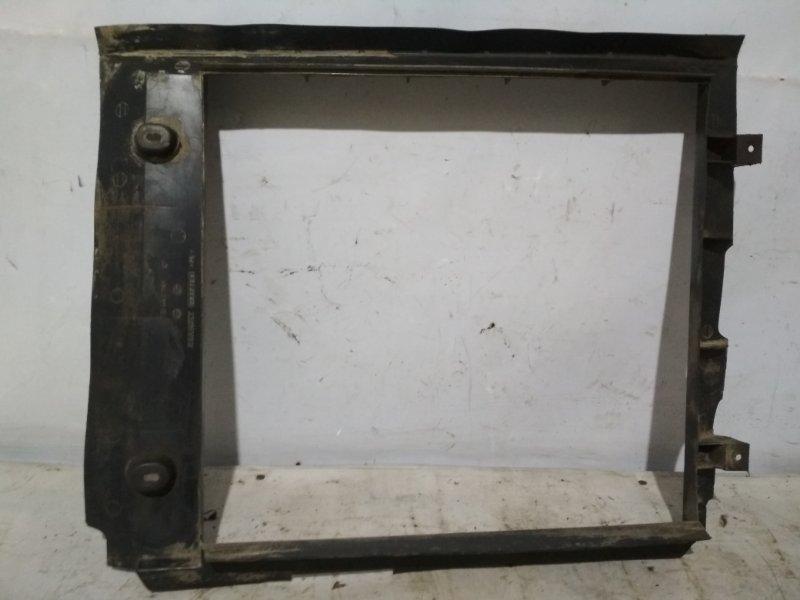 Дефлектор радиатора (пыльник) Renault Kangoo 1 KC E7J 2001 передний (б/у)