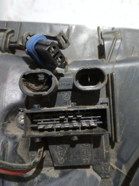 Резистор вентилятора Renault Clio K7J 1998 (б/у)
