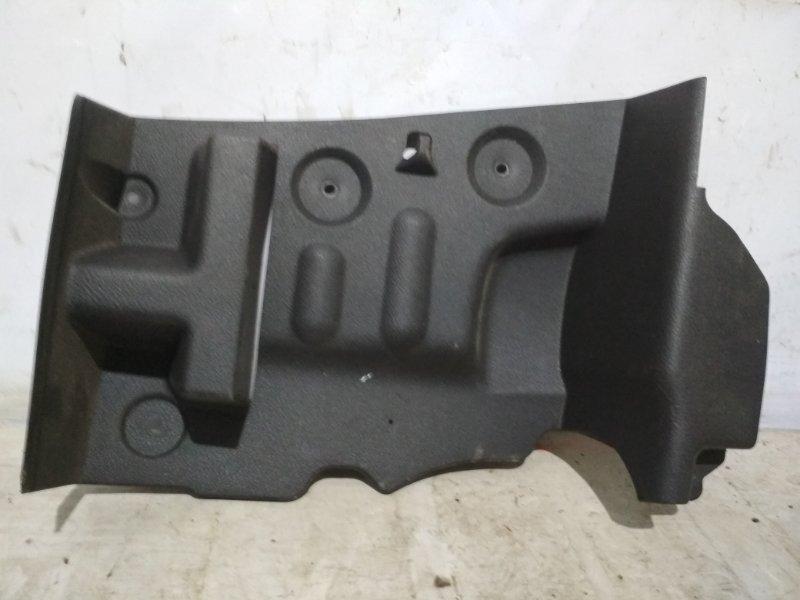 Обшивка багажника боковая Renault Clio K7J 1998 задняя правая (б/у)