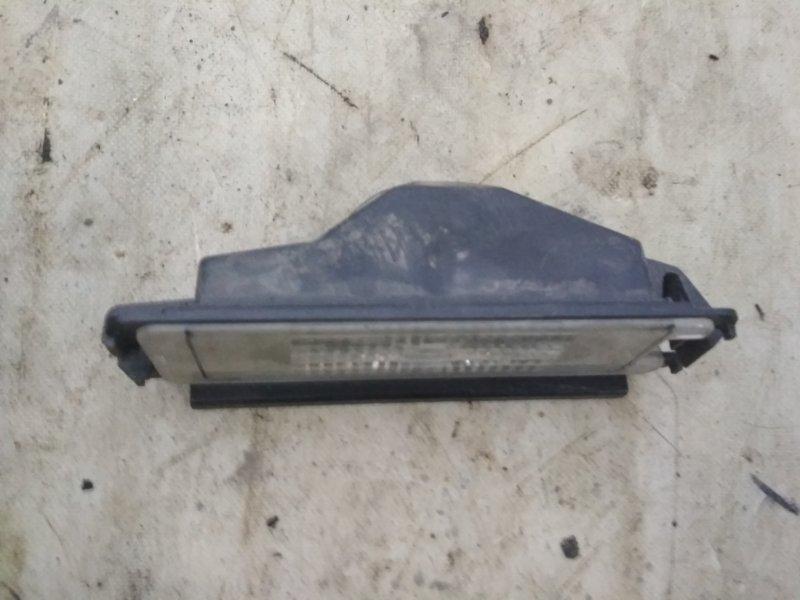 Плафон подсветки номера Renault Logan 2 L8 K7M задний (б/у)