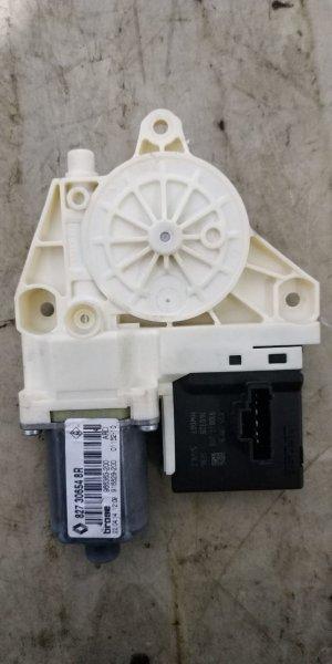 Мотор стеклоподъемника Renault Fluence L30R K4M 2012 задний правый (б/у)