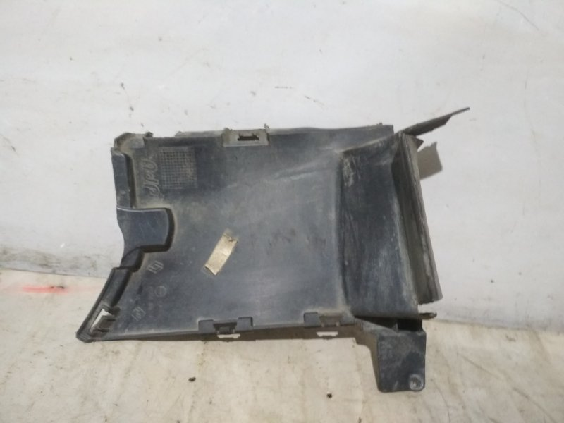 Дефлектор радиатора Renault Fluence L30R K4M 2012 (б/у)
