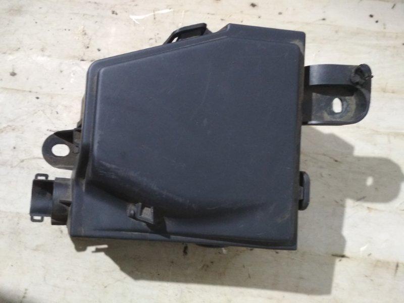 Корпус блока предохранителей Renault Logan 1 LS K7J 2010 (б/у)