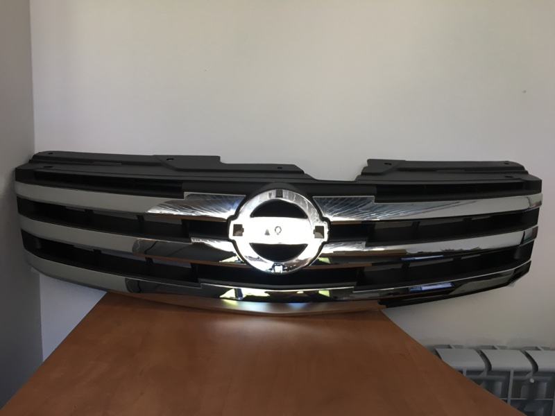 Решетка радиатора Nissan Almera G15