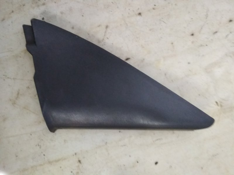 Обшивка Nissan Almera Klassic B10 передняя правая (б/у)
