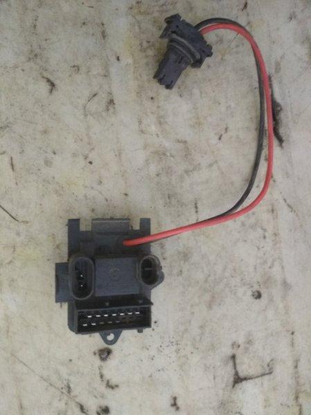 Резистор вентилятора Renault Symbol 1 LB K7J 2004 (б/у)