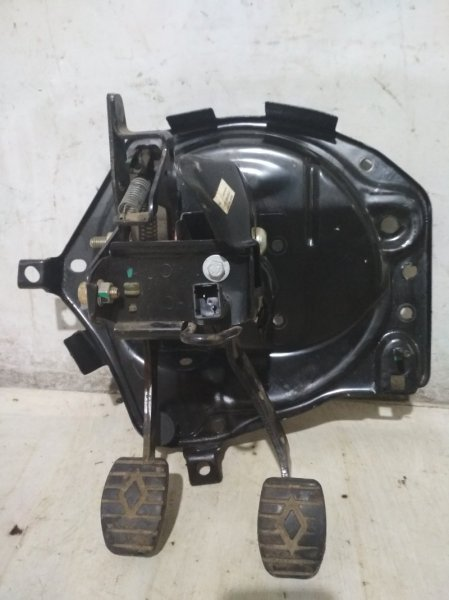 Педальный узел Renault Symbol 1 LB K7J 2004 (б/у)