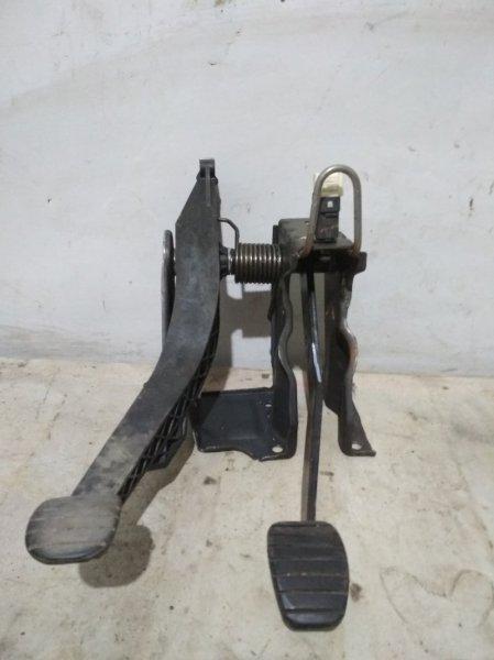 Педаль сцепления Renault Sandero 1 K4M (б/у)
