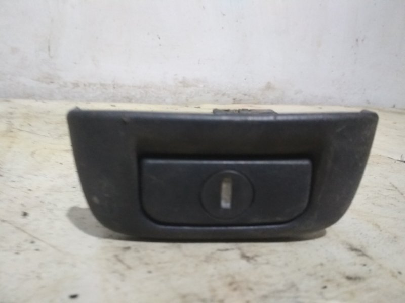 Замок багажника Renault Symbol 1 1998 задний (б/у)