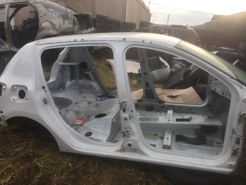 Четверть (крыло) Renault Sandero 2 L8 К7М 2014 задний правый (б/у)