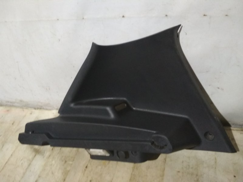 Обшивка стойки Renault Sandero Stepway 1 BS11 задняя левая (б/у)