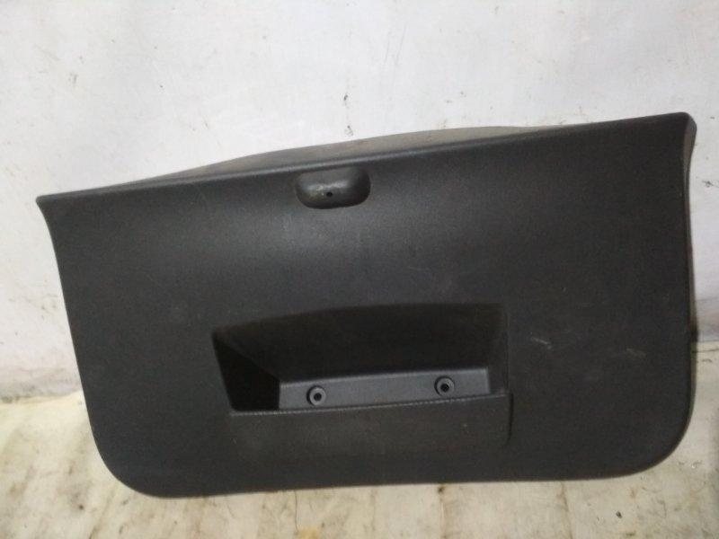 Обшивка крышки багажника Renault Sandero Stepway 1 BS11 задняя (б/у)