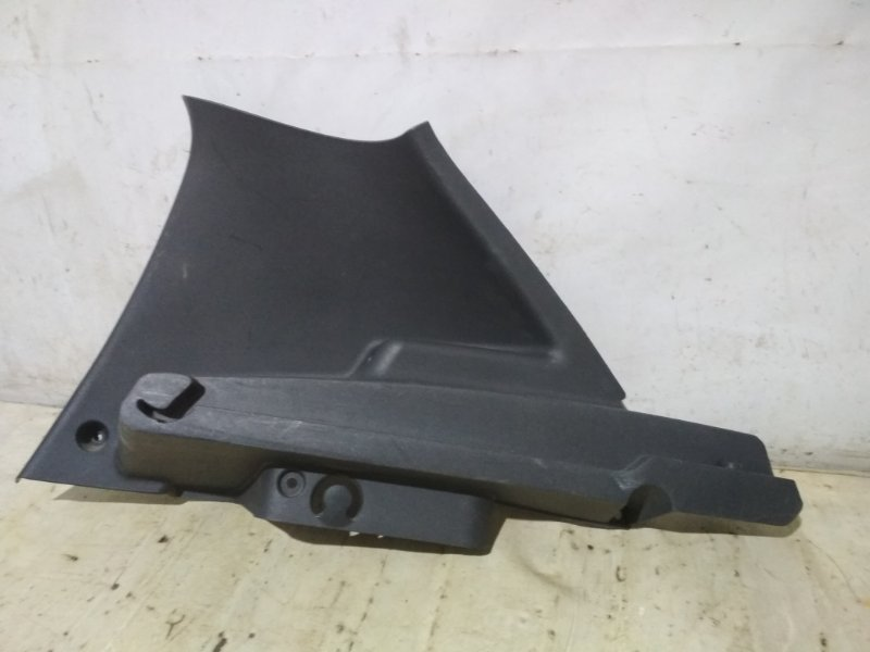 Обшивка стойки Renault Sandero Stepway 1 K7M 710 2011 задняя правая (б/у)