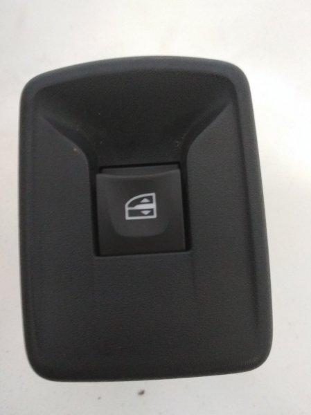 Кнопка стеклоподъемника Renault Logan 2 L8 H4M 2016 передняя правая (б/у)