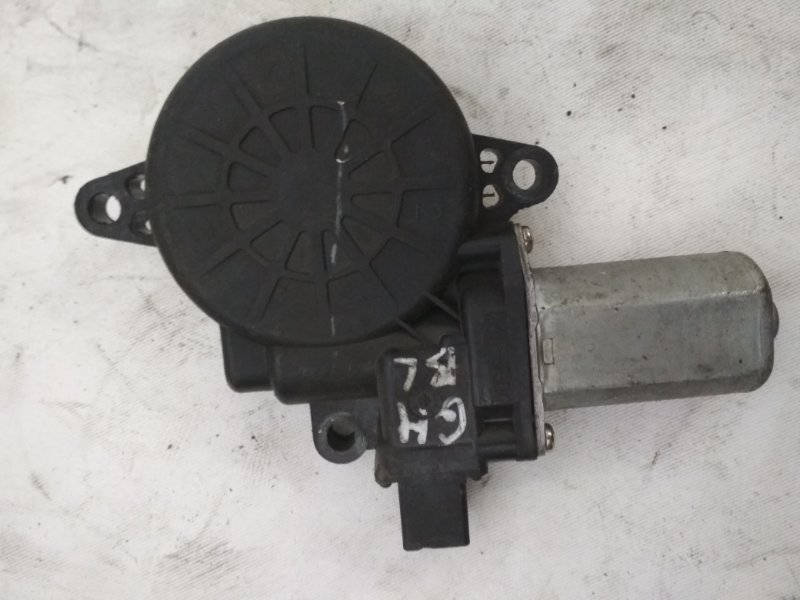 Мотор стеклоподъемника Mazda 6 передний левый (б/у)