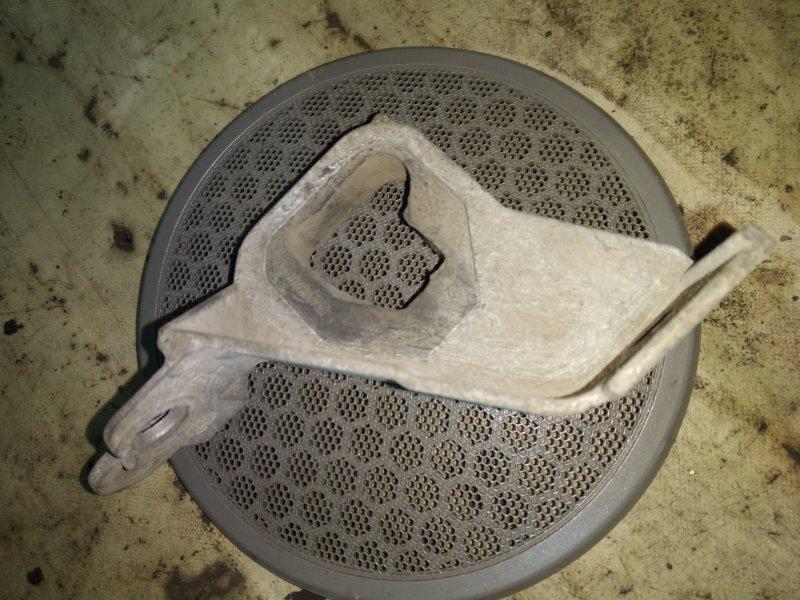 Подушка глушителя Renault Symbol 2 LU01 2008 (б/у)