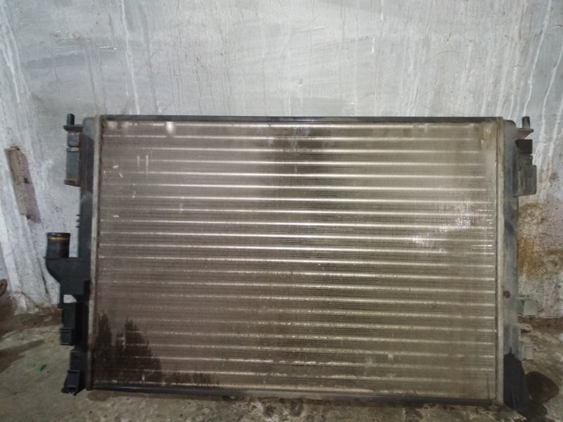 Радиатор охлаждения Renault Logan 1 LS0H 2010 (б/у)