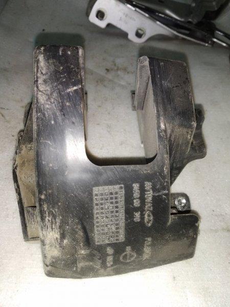 Кронштейн бампера Lada Largus задний правый (б/у)